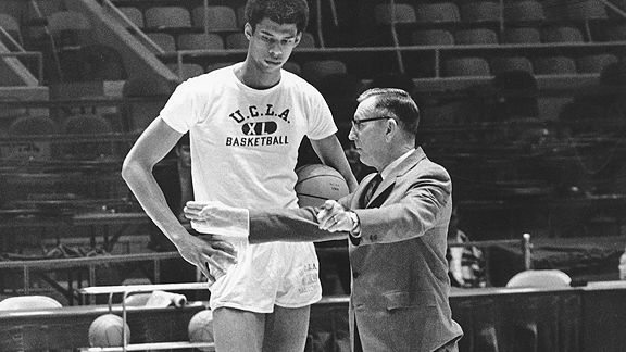 GRAND CENTRAL PUBLISHING ACQUIRES  COACH WOODEN AND ME  BY BASKETBALL LEGEND KAREEM ABDUL-JABBAR